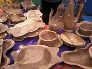 kerajinan tangan dari kayu jati